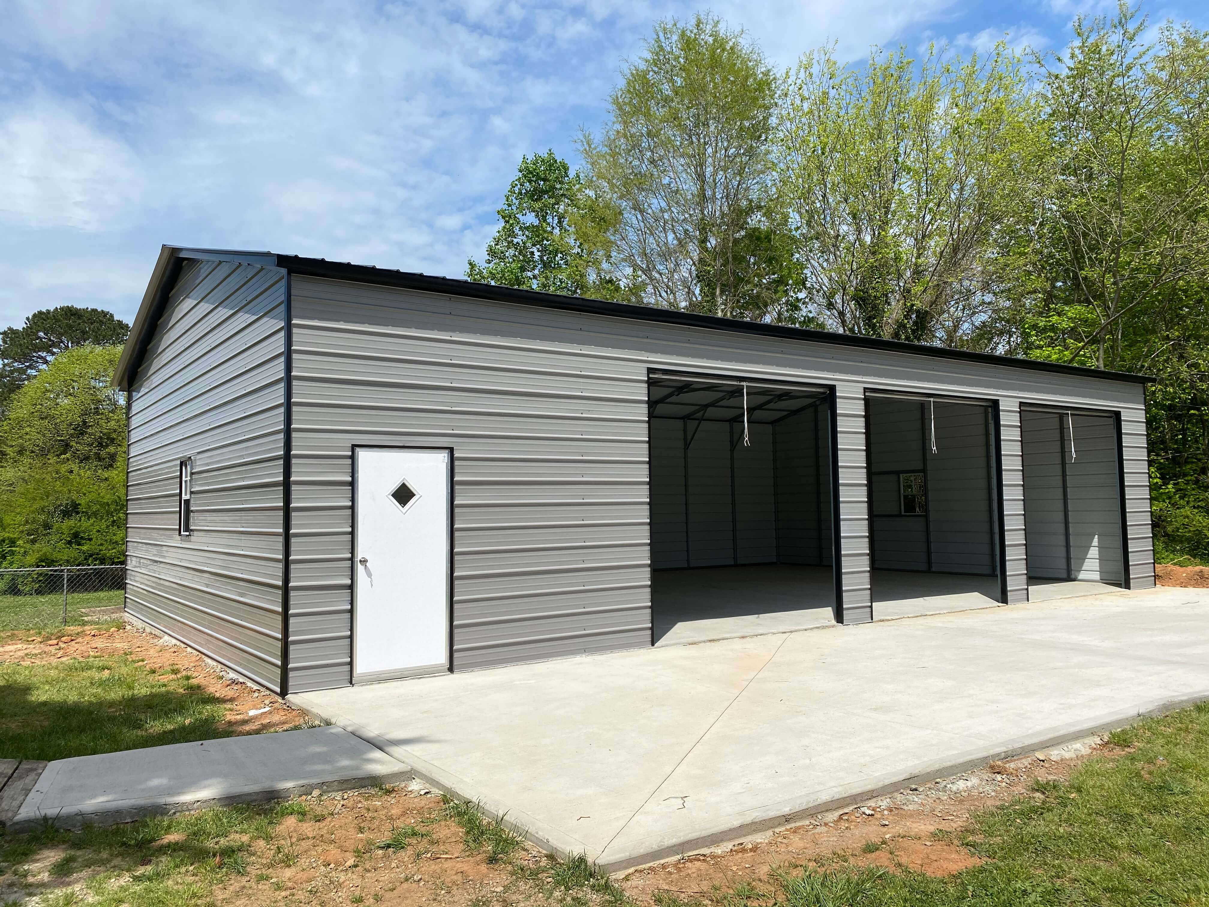 30x51x12 Metal Garage